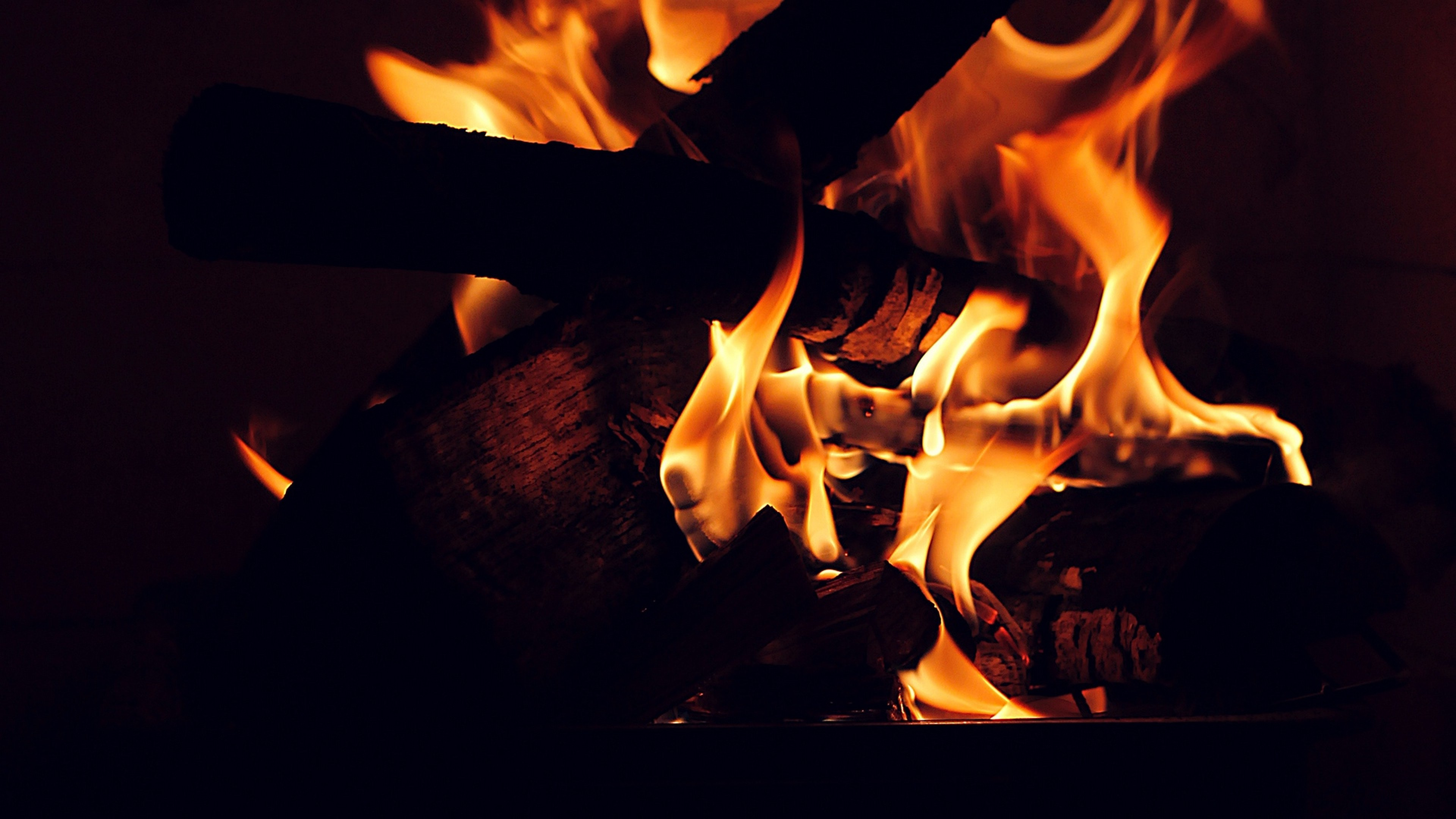 Burning firewood HD Wallpaper 4K Ultra HD - HD Wallpaper