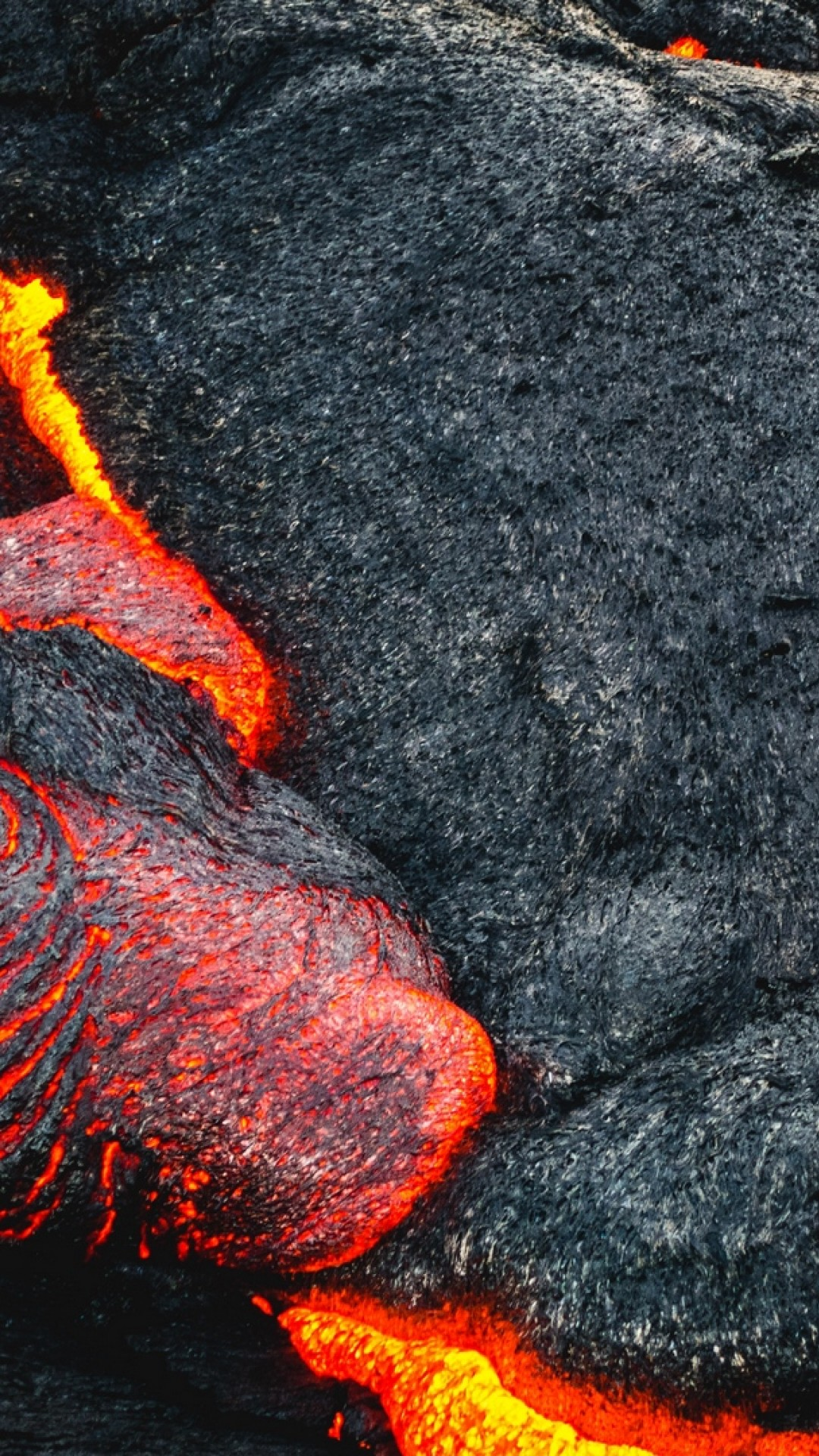 Lava Coming Out Of Volcano Hd Wallpaper Iphone 6 6s Plus