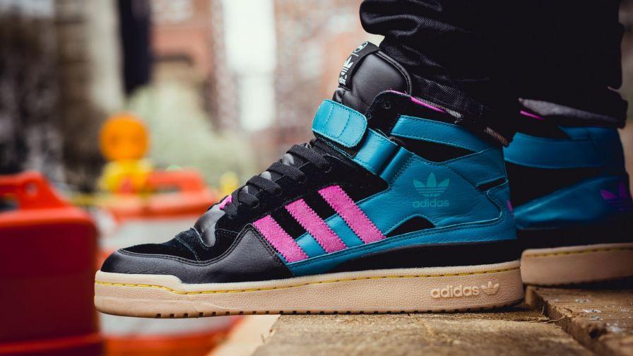 Adidas Originals Shoes Hd Wallpaper for Desktop and ...