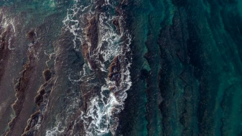 Aerial view of waves HD Wallpaper
