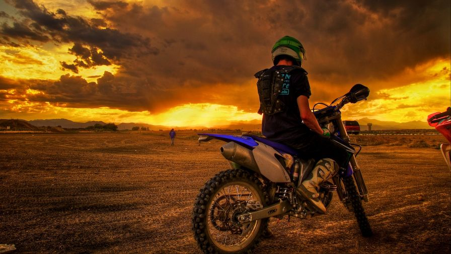 Bike at the sunset HD Wallpaper