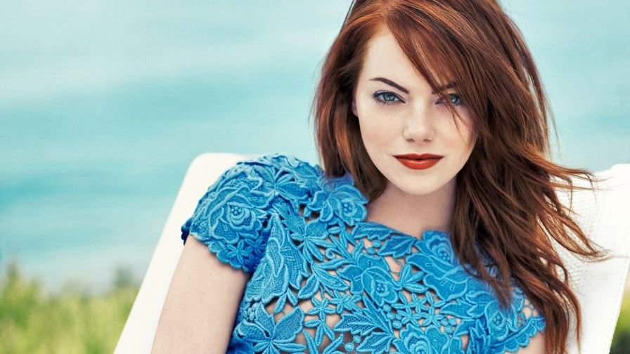 Emma Stone Hd Wallpaper for Desktop and Mobiles