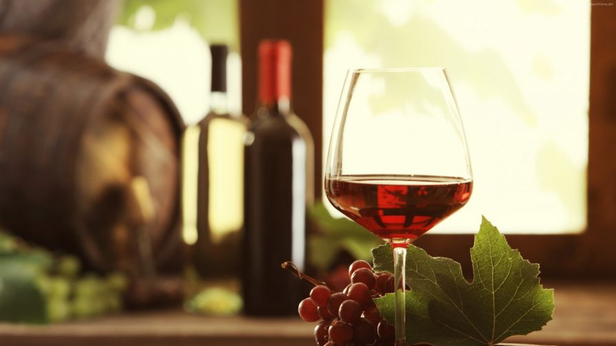 Grape Wine Glass Hd Wallpaper for Desktop and Mobiles