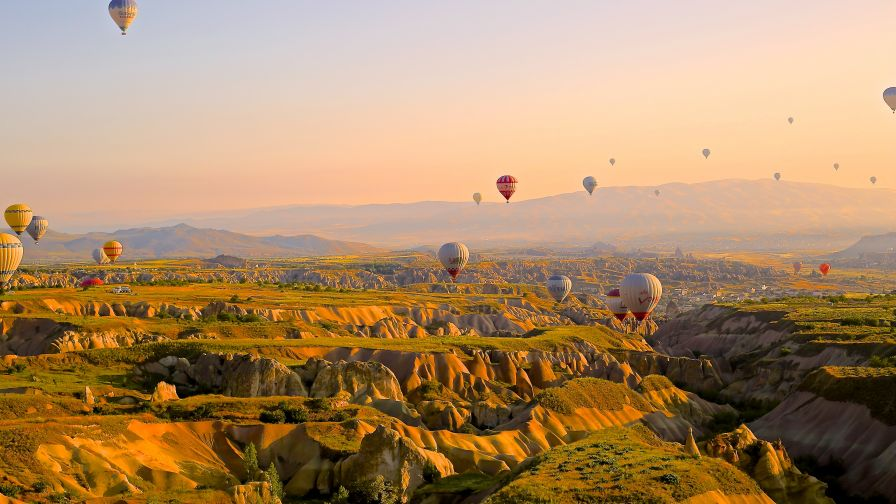 Hot Air Balloon Wallpaper for Desktop and Mobiles